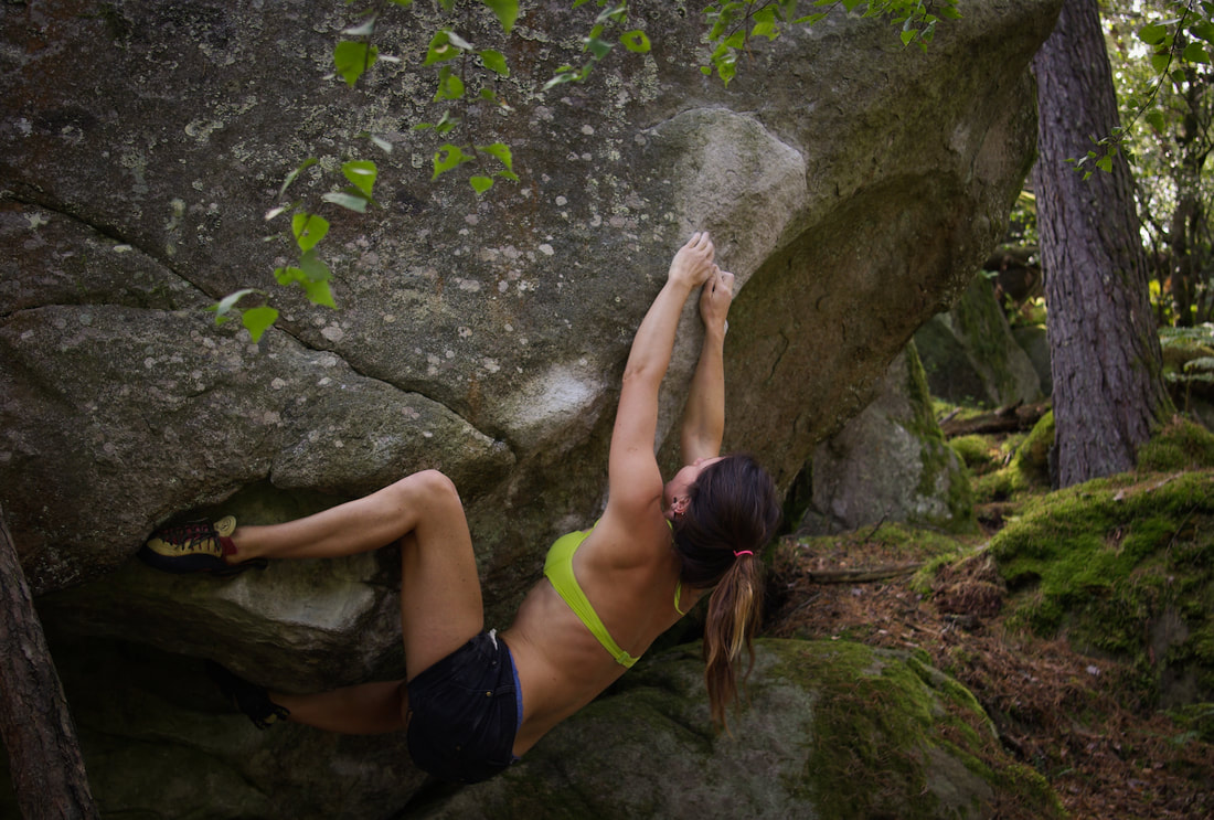 Amber Thornton unlocking the door on Transformers (7b) at Long Boyau in the forest of Fontainebleau