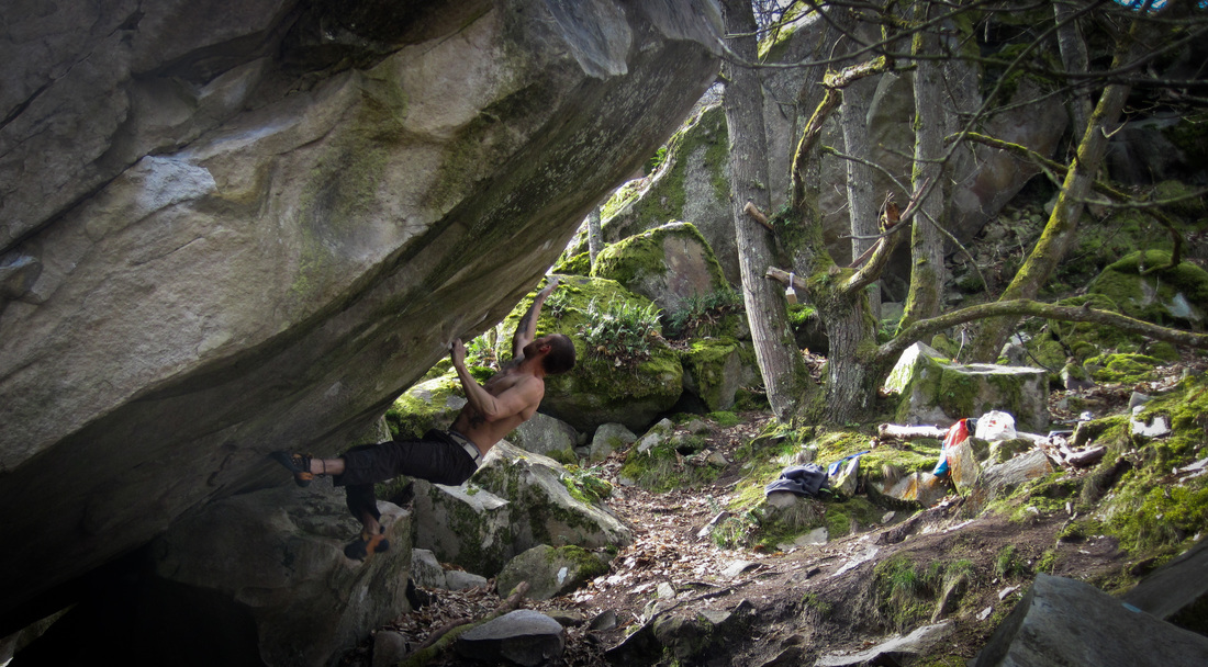 Sam attempting Fata Morgana (8a), at Coquibus Longs Vaux, Fontainebleau