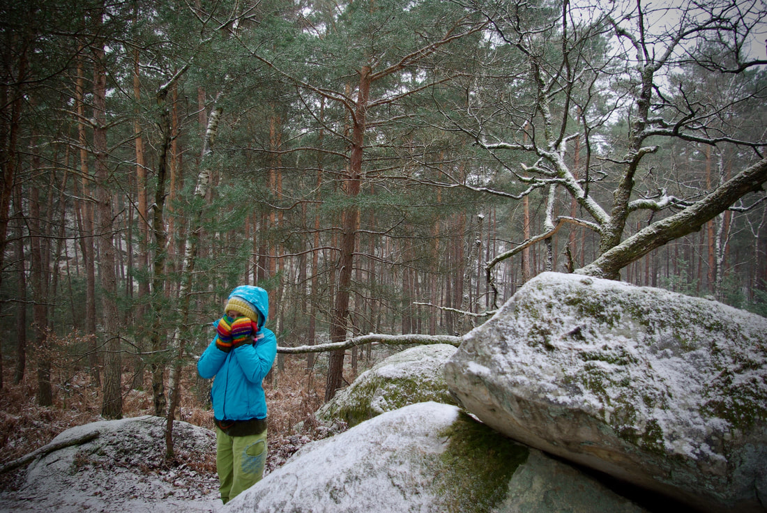 Getting out in the snowy forest of Fontainebleau