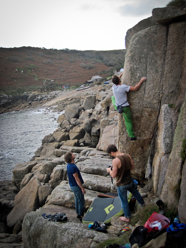 clamping the prow at Penberth