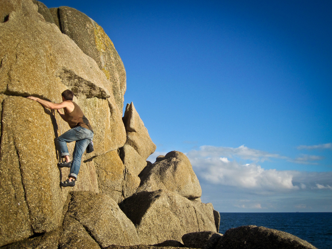 Bouldering at Penberth